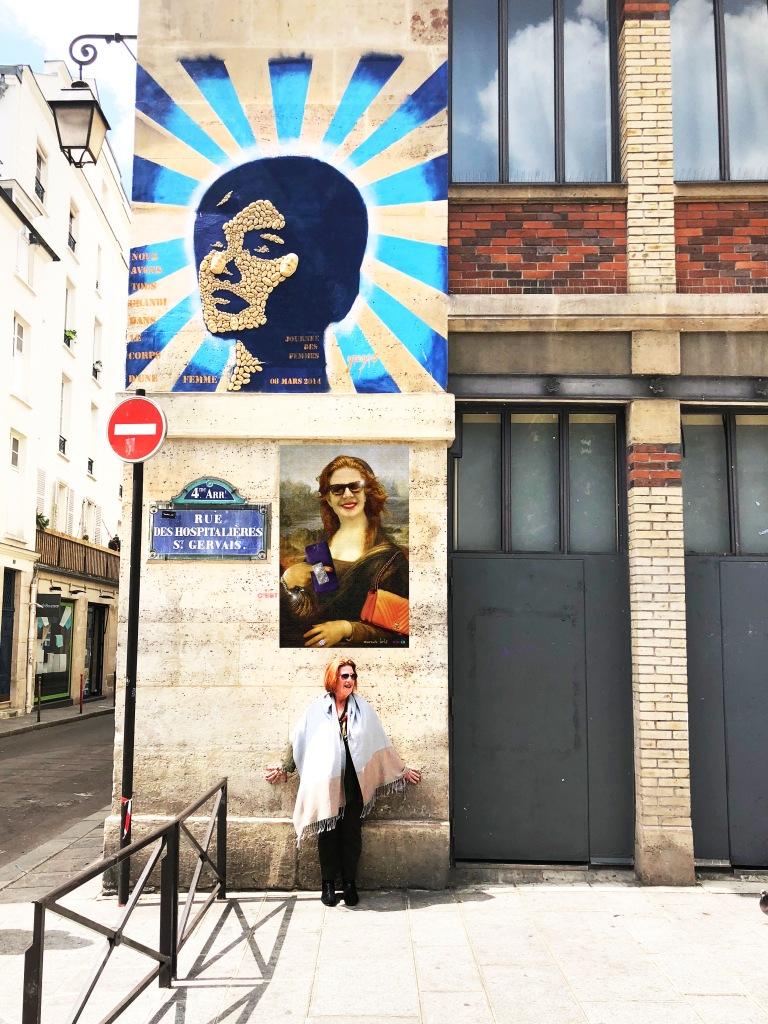 Mona Lois